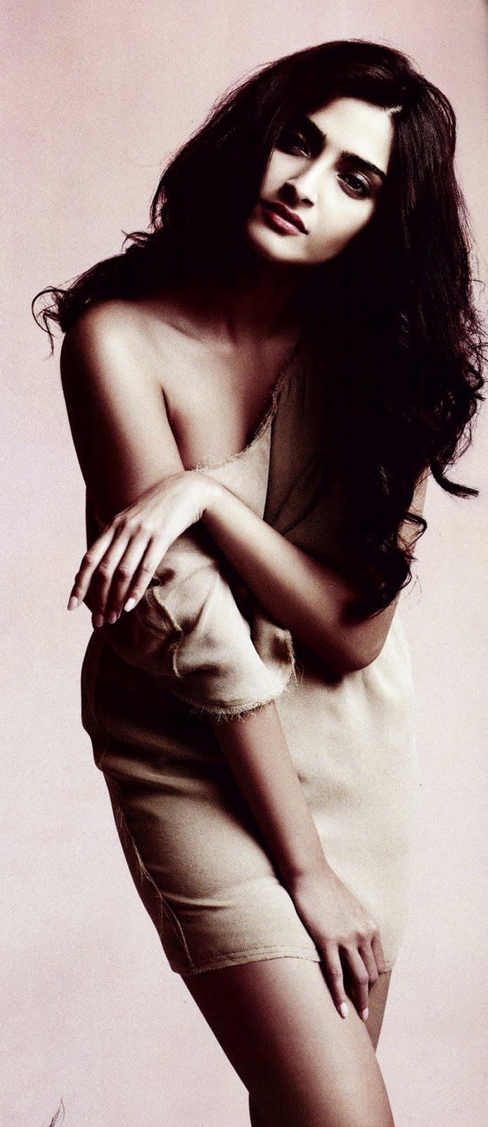 Sonam Kapoor  Hotness Of Bollywood-9815